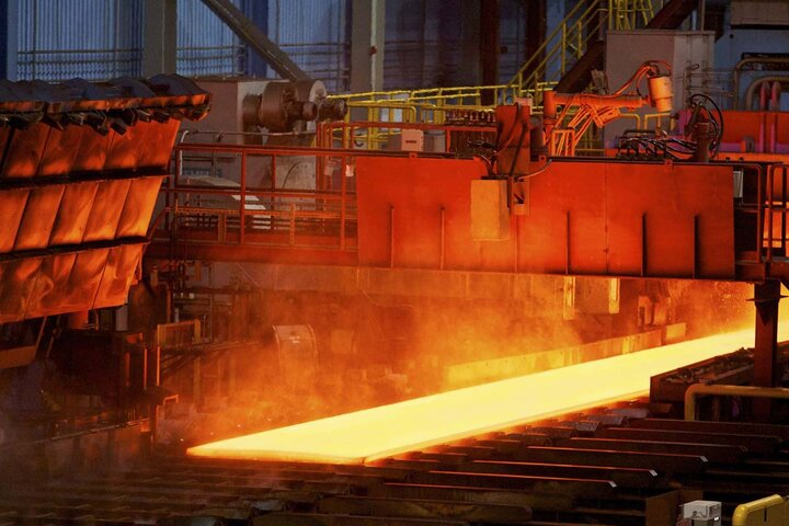 موافقان و مخالفان چه گفتند؟ / رانت ۸۵ هزار میلیاردی در «شمش فولاد»/ موافق نمایندگان با کلیات طرح فولادی