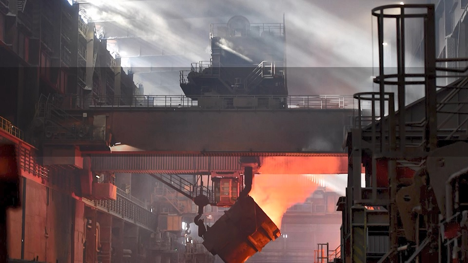 دومینوی گرانفروشی در بازار فولاد/تولید با قیمت ریالی فروش به قیمت دلاری! + فیلم