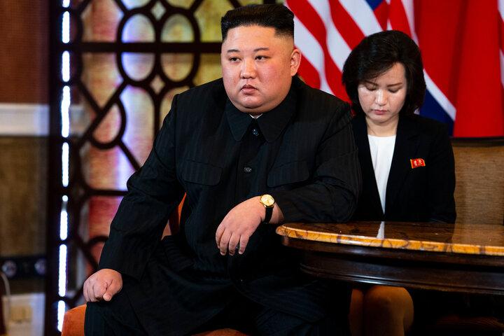 کیم جونگ اون با ۲۰ کیلو کاهش وزن در انظار عمومی ظاهر شد+تصاویر