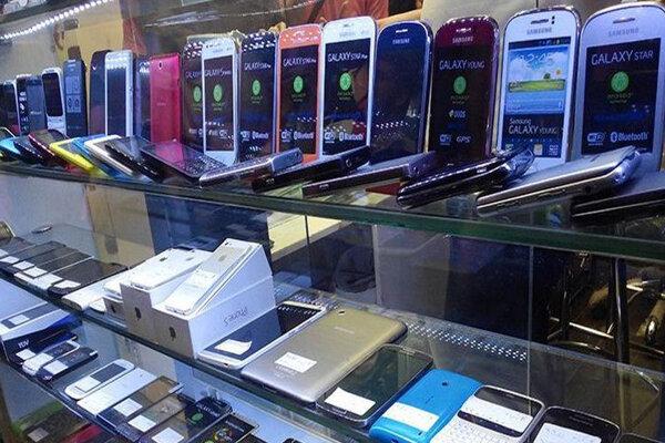 قیمت روز گوشی موبایل در ۱۷ فروردین + جدول