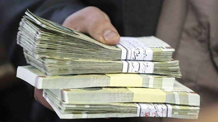 میزان افزایش حقوق و عیدی کارکنان دولت در سال ۱۴۰۱ اعلام شد+سند