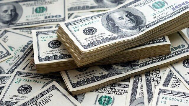 دلار بزرگترین ریسک بازار سرمایه؛ تاثیرات ریزش و رشد دلار بر سهام