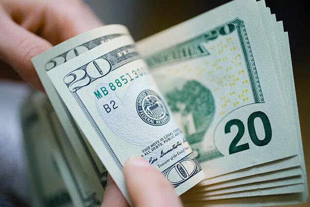 ارز بر مدار کاهش نرخ؛ دلار به کانال ۲۳ هزار تومانی برگشت