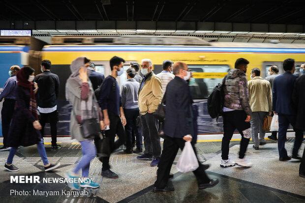 رشد جمعیت ایران ۲۵ سال دیگر منفی میشود / وجود ۱۳ میلیون جوان مجرد