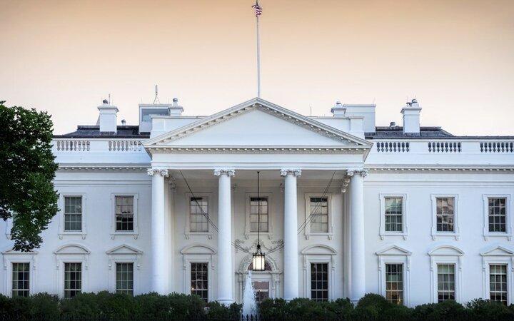 کارمندان کاخ سفید چقدر حقوق میگیرند؟