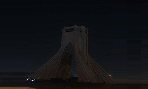برج آزادی خاموش شد