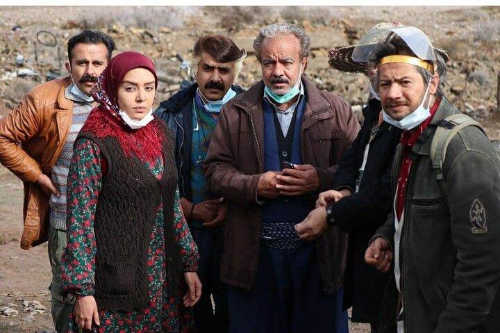 تهیهکننده «نون خ ۳»: سعی کردیم به توصیه رهبری مؤدبانه شوخی کنیم/ دلیل حذف دقیقه نودی اکبر عبدی و حمیدرضا آذرنگ