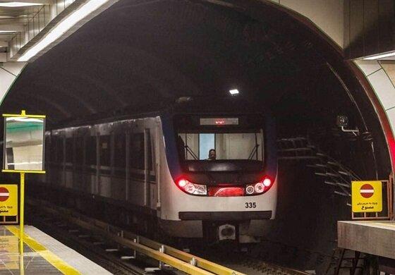 برخورد شدید دختر تهرانی با قطار