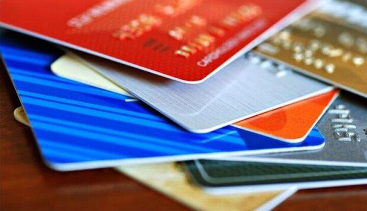 هر ایرانی ۳.۳ کارت بانکی دارد!