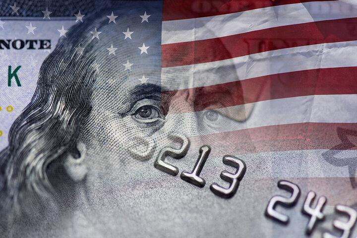 تورم در آمریکا به قله ۱۳ ساله رسید/آمارهای اقتصادی به سود طلا به زیان بیت کوین