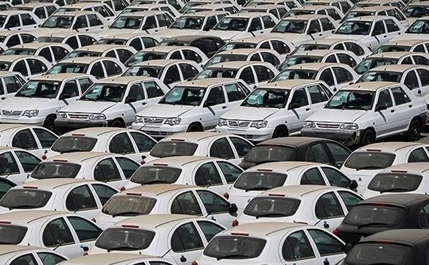 خودرو چه زمانی در بورس عرضه میشود؟