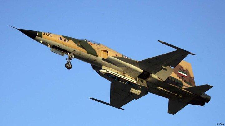 نقص فنی هواپیمای اف۵ در پایگاه چهارم شکاری دزفول/ دو خلبان به شهادت رسیدند + عکس