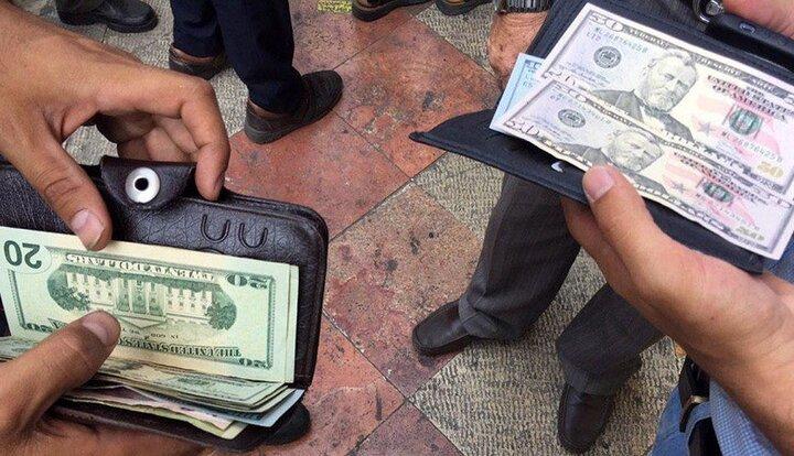 تداوم سرکشی دلار + جدول