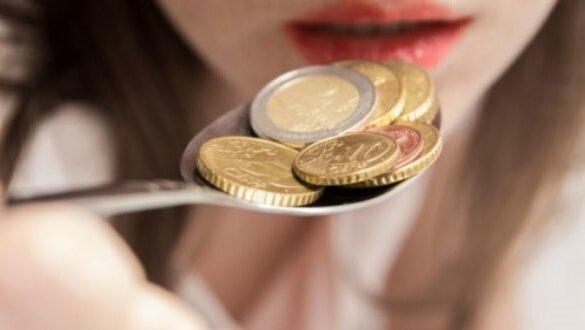 مزه فلز در دهان نشانه چیست؟