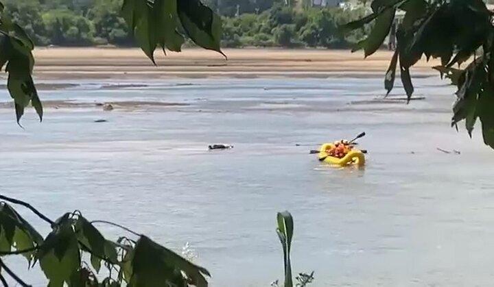 ویدیو | جسد روی آب رودخانه همه را به اشتباه انداخت!