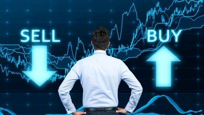 بازار ســـهام محکوم به رشـــــد است/برخی کارگزاریها موج فروش ایجاد میکنند/ بــازار ســـرمایه برای فروشندگان سهام در این روزها یوم الحسرت میشود!