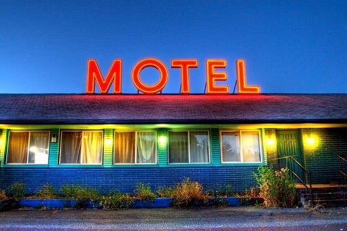 متل چیست و چه تفاوتی با هتل دارد؟