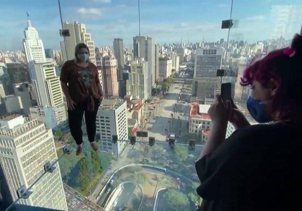 ترسناکترین محل برای کسانی که از ارتفاع می ترسند! + ویدیو