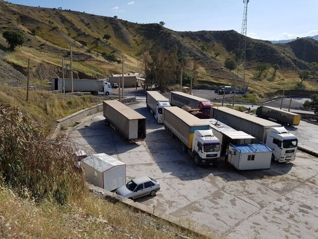 ادامه مانع تراشی جمهوری آذربایجان برای تجار ایرانی/آذربایجان، هزینه تجارت ایران و ارمنستان را بالا برد