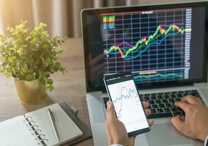 سیگنالهای موثر بر روند بازار سرمایه / چرا بورس رشد نمیکند؟