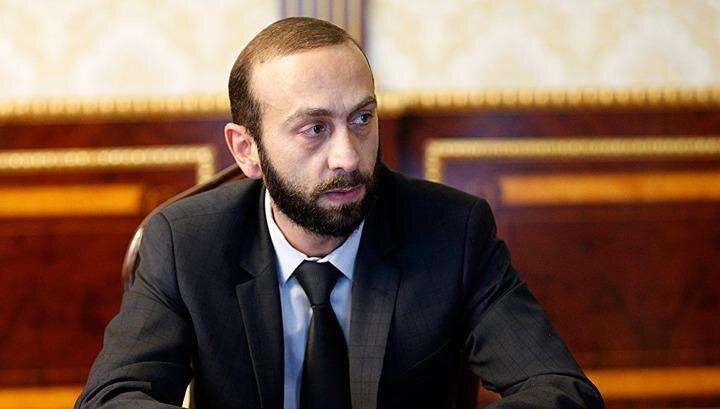 وزیر خارجه ارمنستان در راه تهران
