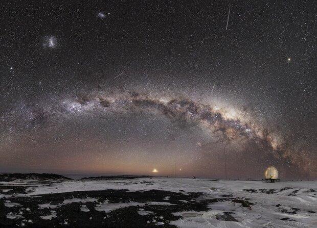 نظریههای عجیبی از کائنات که هوش از سر شما میبرد