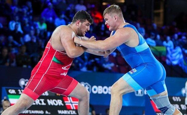 مدالآور جهان مقابل یوسفی زانو زد/ طلایی دیگر در انتظار ایران  + ویدیوی کامل کشتی