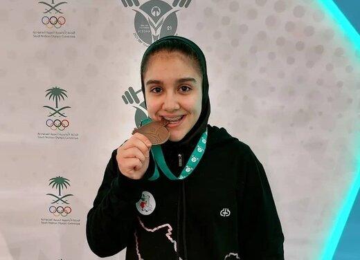 کار زیبای دختر ۱۵ ساله ایرانی که مدال جهانی گرفت /عکس